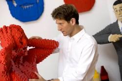 20 nevjerovatnih LEGO skulptura od Nathana Sawayae