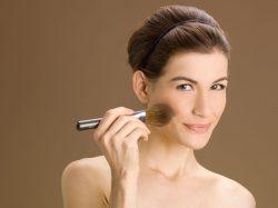 8 čestih grešaka pri šminkanju i sređivanju