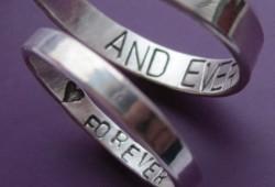Kreativna romantika: prsten sa skrivenom porukom