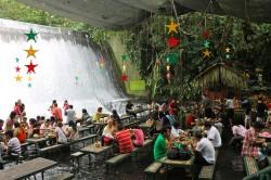 Restoran na vodopadu