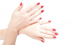 Imate slabe nokte? 6 savjeta kako da to popravite
