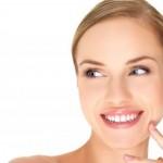 Tajne šminkera: Uklonite podočnjake u 4 jednostavna koraka