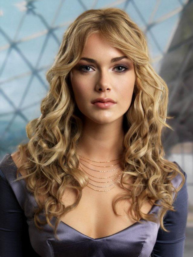 Если у вас длинные волосы крупными локоны сделают Вас похожей на принцессу. .  Такая прическа требует некоторых...