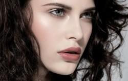 Najbolje frizure za srcoliki oblik lica