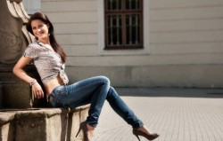Opuštena i samouvjerena: 19 savršenih načina da nosite farmerice