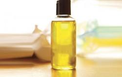 9 veoma praktičnih stvari koje možete učiniti sa bebi uljem