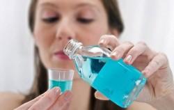Super korisno: 8 stvari koje možete uraditi sa vodicom za ispiranje usta