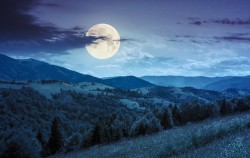 Samo večeras: Pun mjesec u znaku bika i šta trebate znati o tome