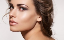 Šminka: Kako u samo 6 koraka do savršenog izgleda