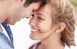 Deset očiglednih znakova da je žena zaljubljena