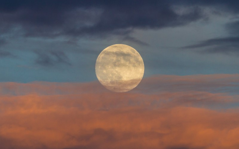 Večeras_Pun Mjesec u znaku Vodolije (i kako da to najbolje iskoristite)