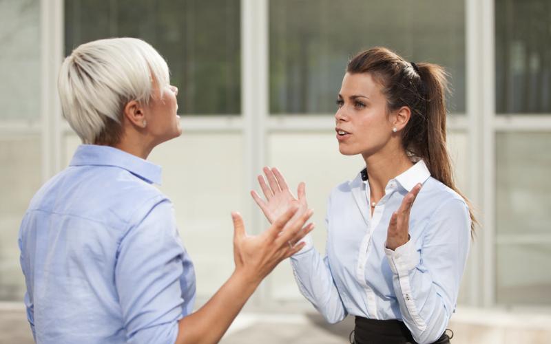 4-tipa-radnih-kolega-koje-apsolutno-ne-podnosite-i-kako-da-se-nosite-s-njima