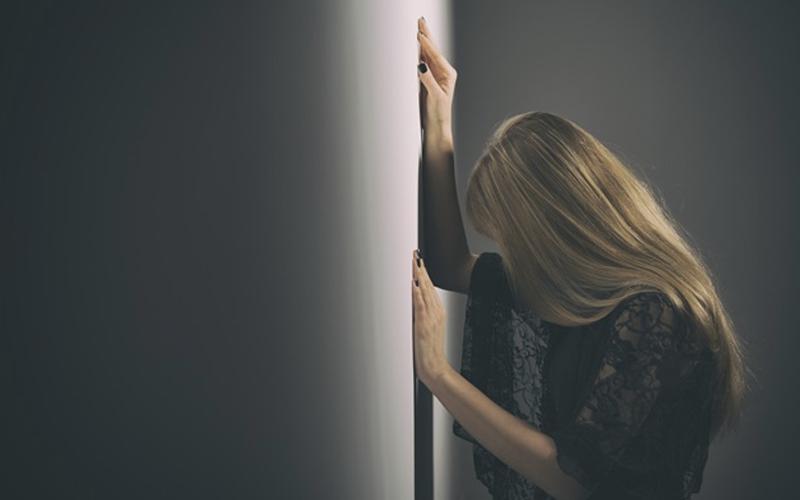 10 znakova da si navikla da te tretiraju kao smeće