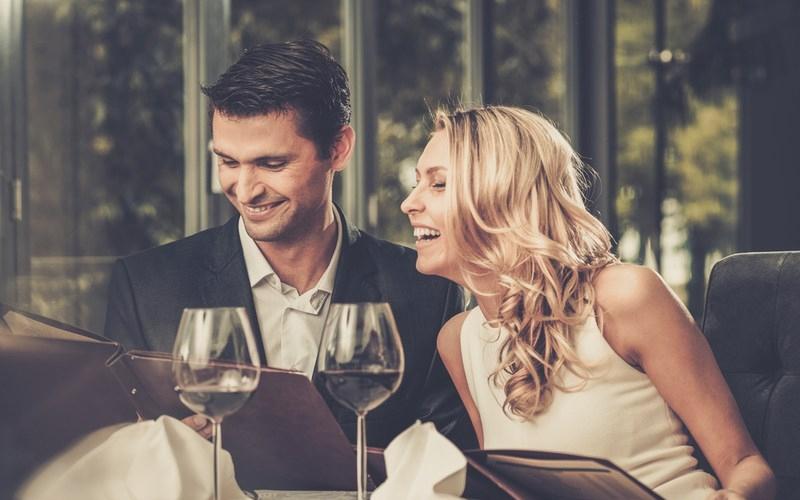 samci plus dating service