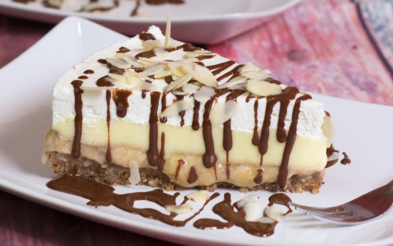 Brzo i bez pečenja: Banana split torta